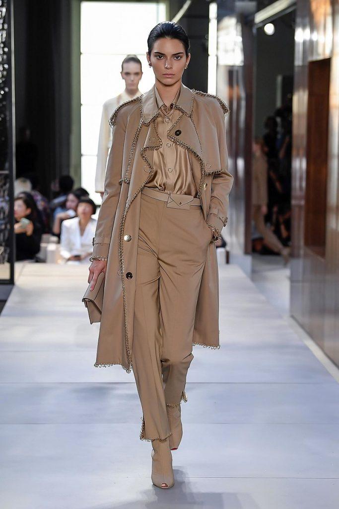 Burberry - Passaporte Fashionista